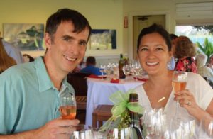 Members toast at Valentines Day Wine Dinner 2017 at Maui Country Club